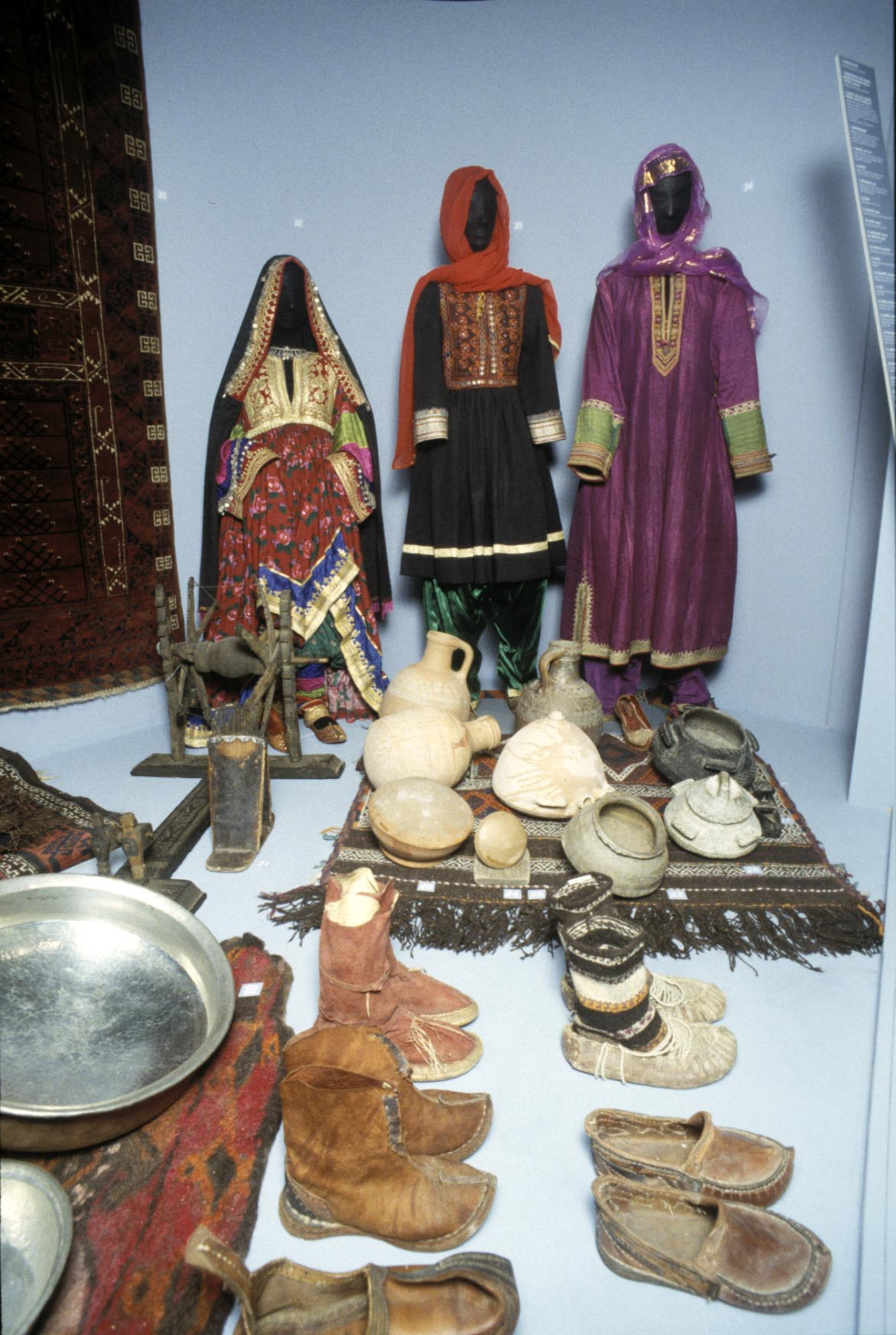 The women often wore colourful clothes. Photo: Moesgaard Museum